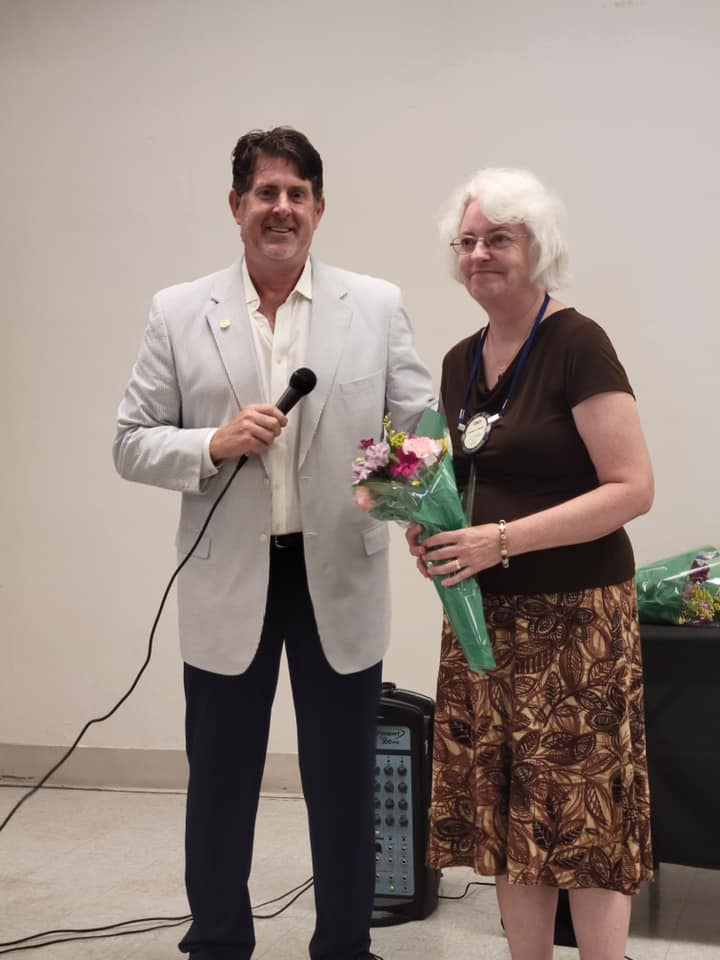 2021 Pass the Gavel, Rotarian of the Year, District 7170 Cindy Burger